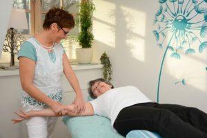 Behandlung mit Andrea Fiß